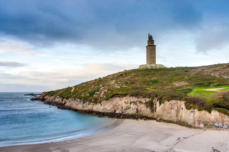 galizia: Lapas Beach vicino alla Torre di Ercole in A Coruna, in Galizia, in Spagna.