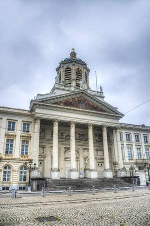 royale: La Iglesia de Saint Jacques-sur-Coudenberg o Sint-Jacob-op-Koudenberg, una iglesia de estilo neocl�sico situado en la hist�rica plaza de Place Royale en Bruselas, B�lgica.