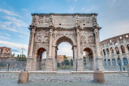 mundi: Arch of Constantine (Arco di Costantino), a triumphal arch in Rome, located between the Colosseum and the Palatine Hill. Editorial