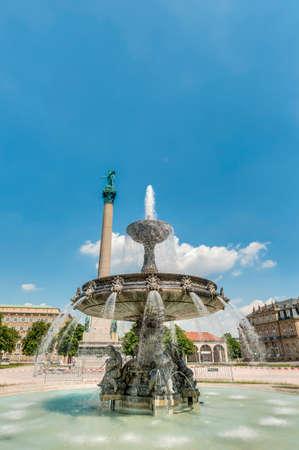 stuttgart: Fountain and Jubilee Column (Jubilaumssaule) at Castle Square (Schlossplatz), the main square in Stuttgart, Germany
