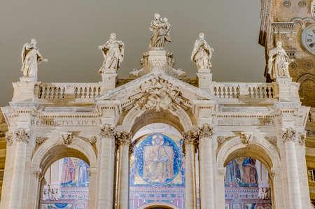 caput: The Papal Basilica of Saint Mary Major (Basilica Papale di Santa Maria Maggiore), the largest Roman Catholic Marian church in Rome, Italy.