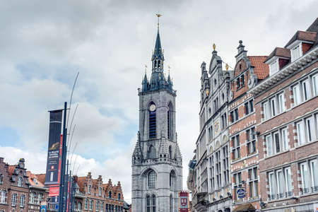wallonie: The oldest belfry in Belgium, a freestanding bell tower of medieval origin, 72 metres in height with a 256-step stairway in Tournai. Editorial