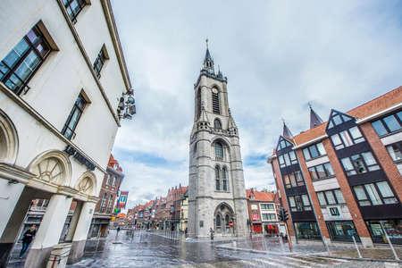 wallonie: The oldest belfry in Belgium