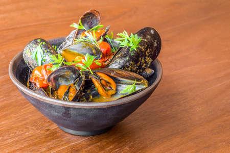 Plato típico colorido de la rica gastronomía mediterránea andaluza y española.