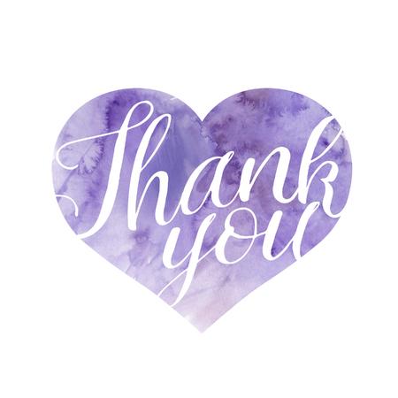 violeta: La forma del corazón llenó de color violeta pintada a mano de la textura de la acuarela, con el texto Gracias, ilustración de la trama, aislado en fondo blanco