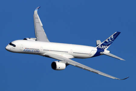 industrie: Stock Photo - ZHUKOVSKY, RUSSIA - AUGUST 24, 2015: Airbus A350 XWB performing demonstration flight at the International Aviation and Space salon MAKS-2015 in Zhukovsky, Russia Editorial