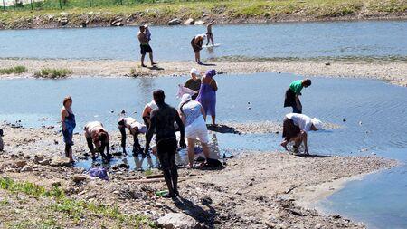 am 15. Juni 2012 Stadt Krasnousolsk, Bashkortostan.Each der 9. Freitag nach Pascha gehalten religi�se Prozession mit der Ikone der Mutter Gottes