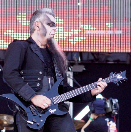 on 8 June ,the city of Samara,  ROCK on the VOLGA 2013 Group MORDOR, playing in a rare for Russia-style - Industrial metal. They are called Russian Rammstein.