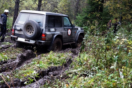 7 September 2013, the city of Beloretsk, Bashkortostan  The third stage of the VI open championship of the Republic of Bashkortostan for the trophy-RAID  Ural stone , SUVs were the stages, specially prepared for the race  Editorial