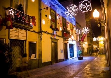 casa colonial: Las Palmas de Gran Canaria con typica canaria calle antes chrsitmas, Espa�a