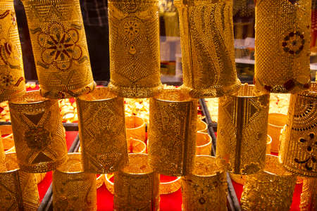 displays: Arab gold. Identical displays can be seen in gold souqs in all the Arab Gulf States