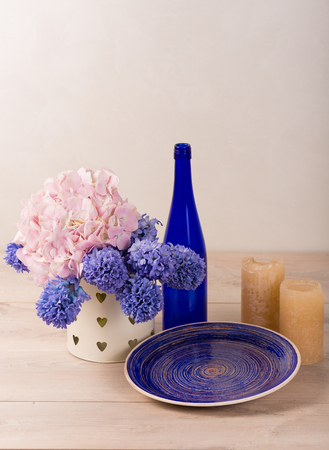 room accents: Lovely home decor with a fresh flowers