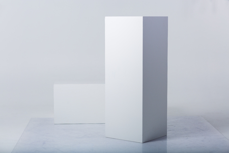 Abstract white shapes on a white backgrounds 写真素材 - 107557878