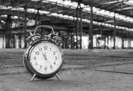 Clock in factory Stockfoto