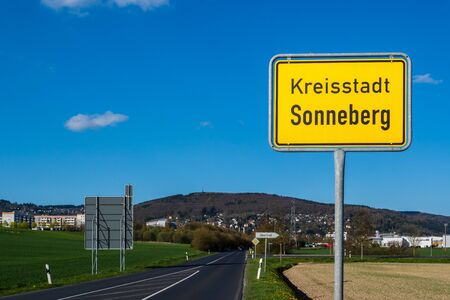 County town,Sonneberg place-name sign Archivio Fotografico - 130130156