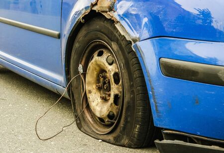 Accident wagon flat tire