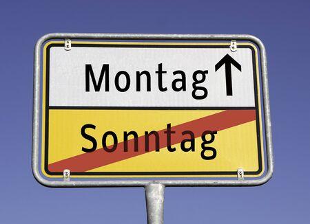 Sonntag/Montag Ortstafel