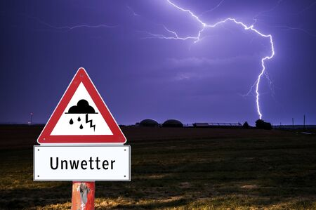 Attention bad weather German Warn sign