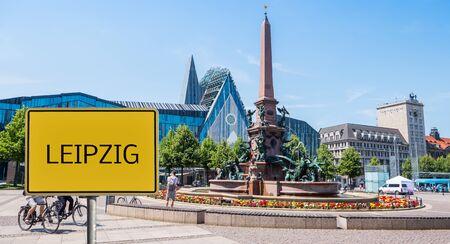 Unterzeichnen Sie die Skyline von Leipzig in Ostdeutschland