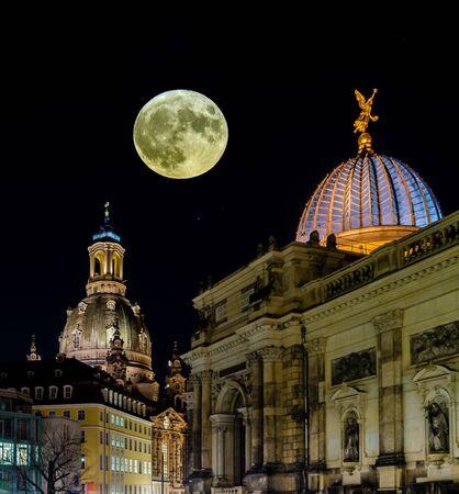 Moon with Frauenkirche Dresden Saxony Standard-Bild
