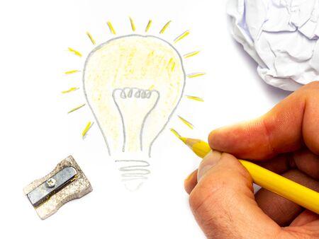 Drawing Lightbulb Having an Idea Фото со стока