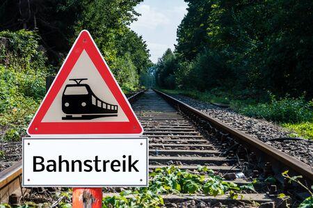 rail strike Warn sign in German