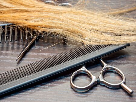 Barber tool with blond hair craft