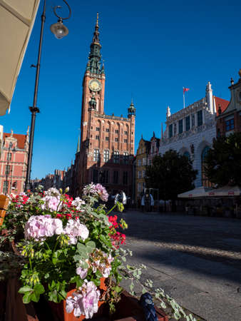 the old town hall in gdansk poland market place Banco de Imagens