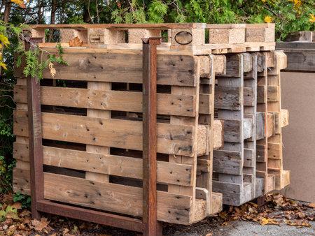 Wooden pallets for transport in logistics 免版税图像