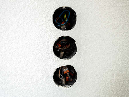 Refurbishment of a socket with switches in the house