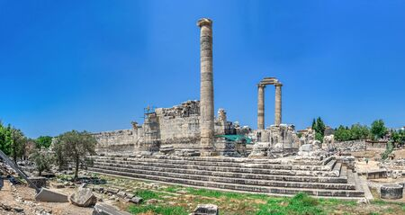 Broken Ionic Columns in the Temple of Apollo at Didyma, Turkey, on a sunny summer day Archivio Fotografico