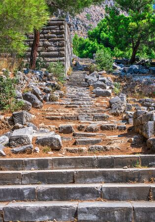 Ruins of the Ancient Theatre in the greek city of Priene in Turkey on a sunny summer day Banque d'images