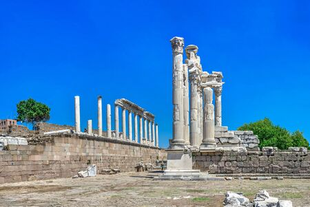 Ruins of the Temple of Dionysos in the Ancient Greek city Pergamon, Turkey. Big size panoramic view on a sunny summer day Imagens