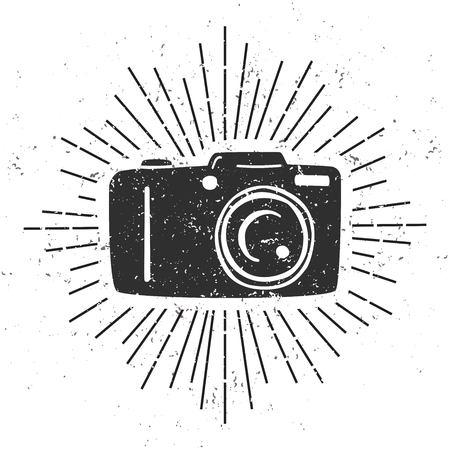 주식 벡터 일러스트 : 764972020 사진 카메라, 스크롤 및 grunge 텍스처와 흰색 배경에 햇살의 검은 실루엣 현대 그림. 사진 작가를위한 카드, 인쇄물, 포스 일러스트