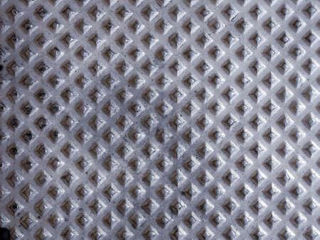 Utilis� m�taux - rouill�s et surface granuleuse, en fonte
