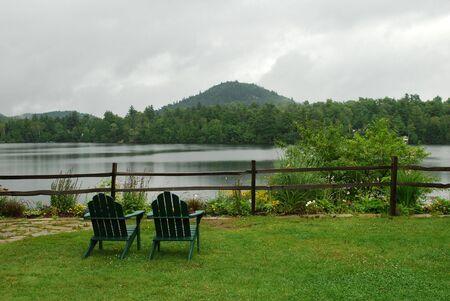 drizzling rain: Rainy day in Lake Placid