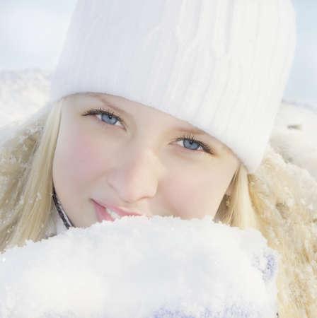 Girl in winter sunny day Stock Photo - 11926110