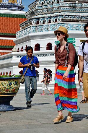 pra: The Emerald Buddha Temple , Wat Pra Kaew