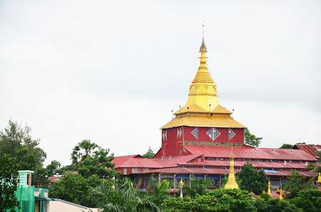 Kyauk Htat Gyi Pagoda in Yangon, Burma.