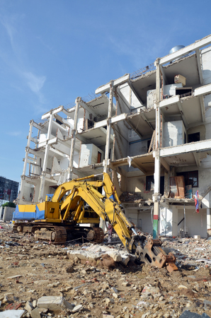 Machine for Demolish or Pull Down Building Structure in Thailand photo