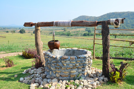 water-well at Viewpoint in winter season at Ban Kha is a district in the western part of Ratchaburi Province, central Thailand. Banque d'images