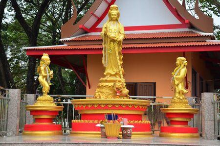 bodhisattva: Guanyin bodhisattva statue