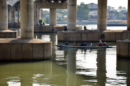 rive: Hobby of thai people in holiday is fishing at chaophraya rive on January 18, 2015 in Pathumthani Thailand Stock Photo