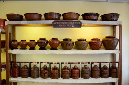 lacquerware: Lacquerware shop
