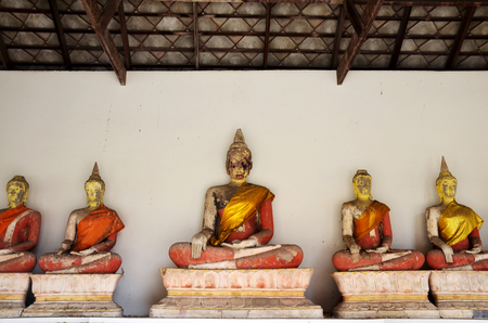 nakhon: Prasat Nakhon Luang Temple Ruin of Ayutthaya in Thailand Stock Photo