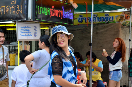 amphawa: People travele and portrait at Amphawa Floating Market on December 6, 2015 in Samut Songkhram, Thailand