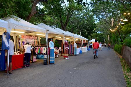 samutprakarn: People shopping and travel at walking street market in night time on August 21, 2015  in Samutprakarn, Thailand