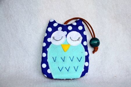 workmanship: Handmade fabric colorful owl key ring cover