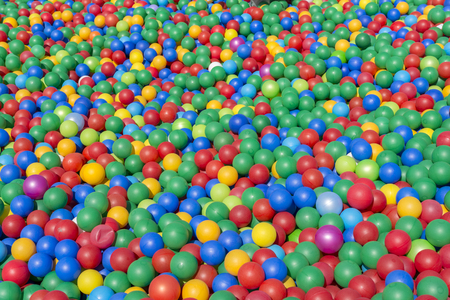 Many colorful children's plastic balls