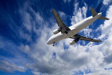 aircraft take off: landing Airbus